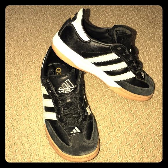 Le Adidas Adidas Le Samba Millennio Poshmark Bambini 34ffed